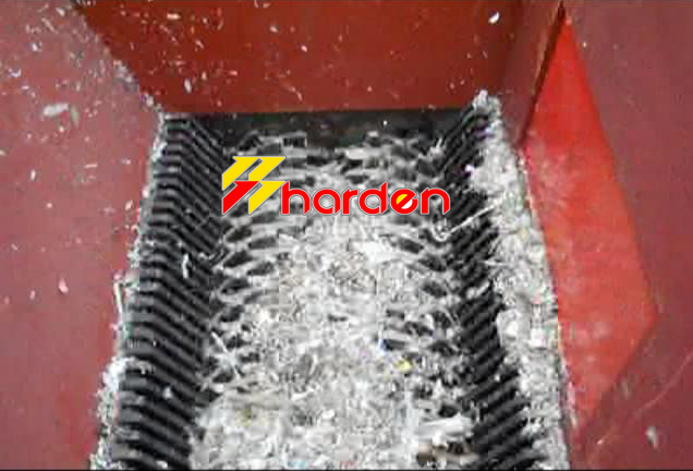Shreding chamber of plastic film shredder